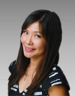 Angela Pao Headshot